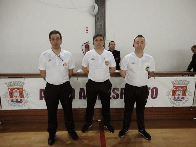 II D - Jogo Valença / Juv Pacense árbitros usaram auricular.