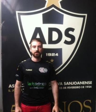 AD Sanjoanense: Filipe Sousa chega para a defesa!